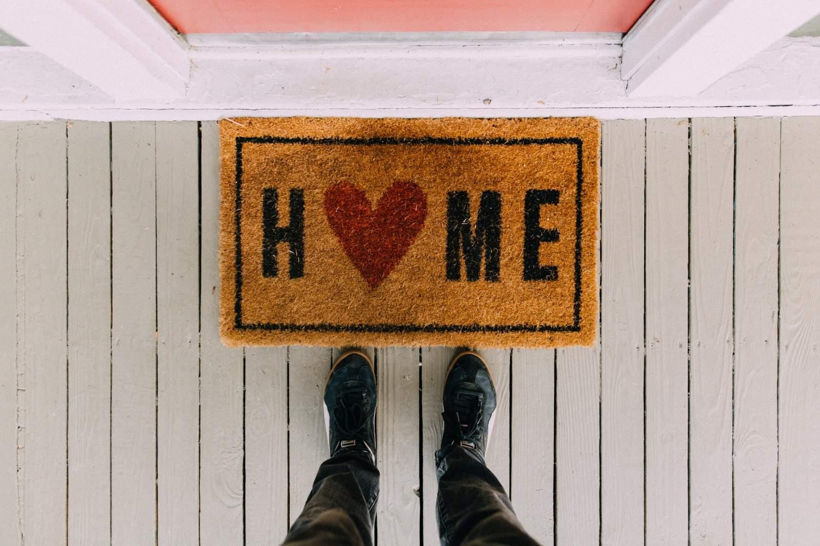 הדברה ירוקה - כל דירה והסיפור שלה