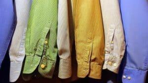 בגדים בהירים למניעת עקיצות יתושים